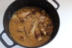 Рецепт говядины в луковом соусе